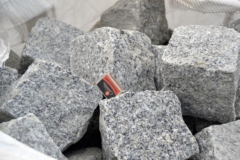 kostka granitowa (15-17cm)